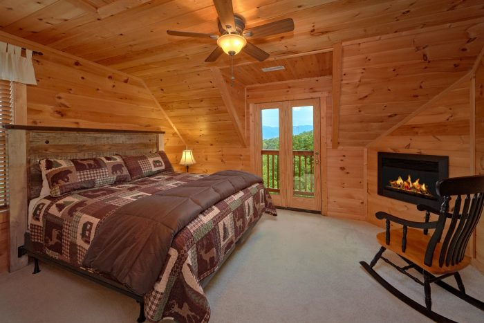 Private King Bedroom with Fireplace and Jacuzzi - Amazing Views to Remember