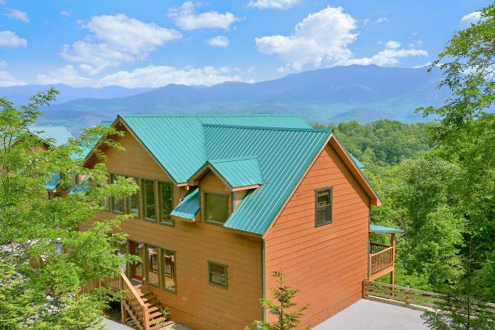 Premium Gatlinburg Cabin Rental with Views - Amazing Views to Remember