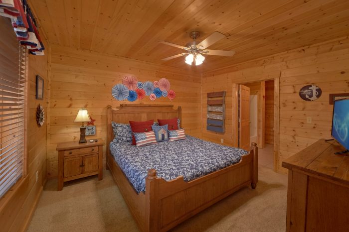 2 Bedroom Cabin with Private Hot Tub - American Pie