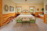 Luxurious Smoky Mountain King Master Suite