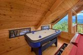 2 Bedroom Cabin with Air Hockey Game and Views