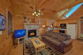 Honeymoon Cabin with Full Kitchen & Dining Area