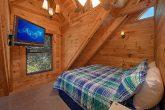 2 Bedroom Cabin Sleeps 8 with Flat Screen TV's