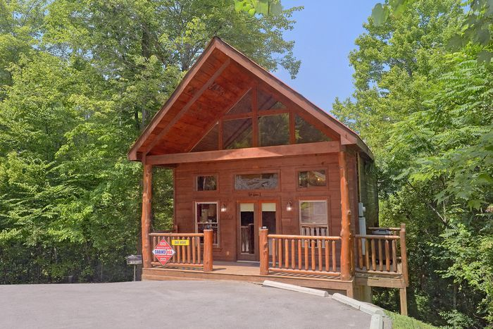 Bar None Cabin Rental Photo