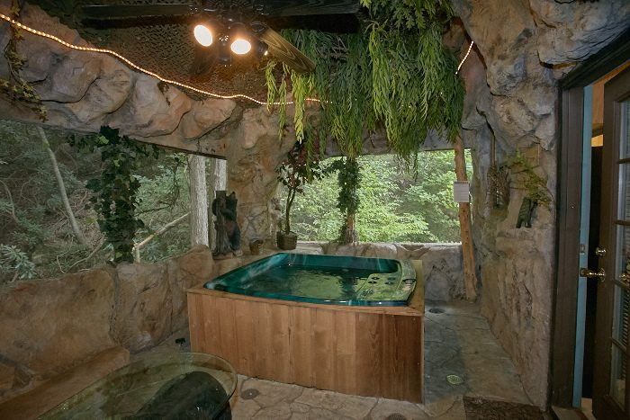 Unique Pigeon Forge Cabin Indoor Hot Tub Bare Bottom