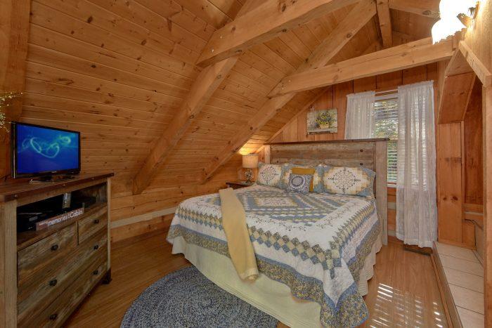 1 Bedroom King Bed Full Bathroom - Bare Kissin And Huggin