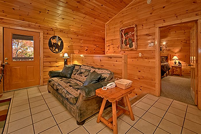 2 Bedroom in Pin Oak Resort in Pigeon Forge - Bear Footin