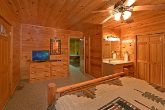 Luxurious Spacious 2 Bedroom Cabin
