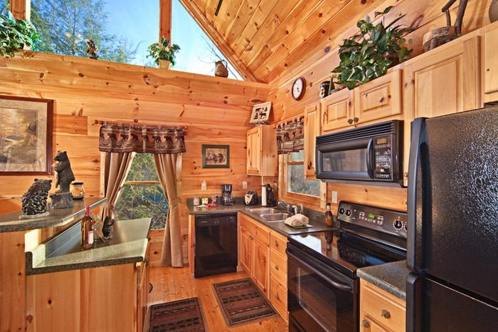Cabin with Fully Equipped Kitchen in Gatlinburg - Bear Footin In The Smokies