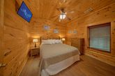 Cabin with Spacious King Bedroom