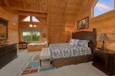 Pigeon Forge 4 Bedroom Cabin with King Bed