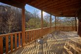 Spacious 2 Bedroom Cabin with Outdoor Seating
