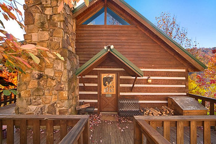 bedroom pet friendly cabin gatlinburg