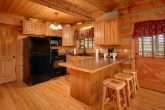 Wears Valley Cabin with Kitchen and Bar Seating