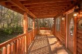 Private 2 Bedroom Cabin with Porch Swing