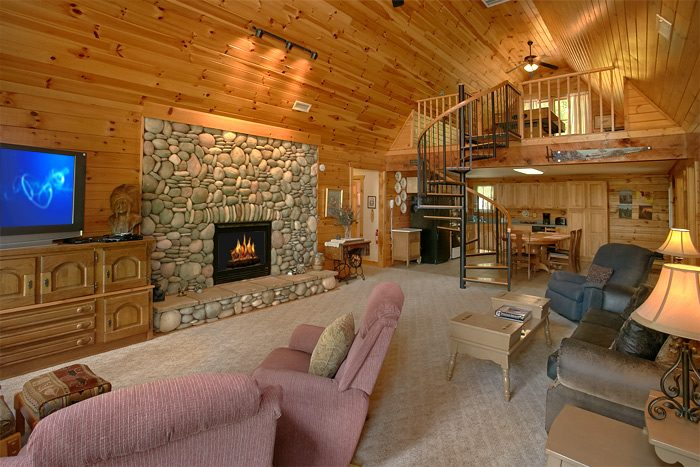 Rustic 3 Bedroom Cabin with Stone Fireplace - Big Bear