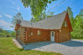 Secluded 3 Bedroom Cabin with large yard space
