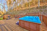 Luxury PIgeon Forge 3 Bedroom cabin with Hot Tub