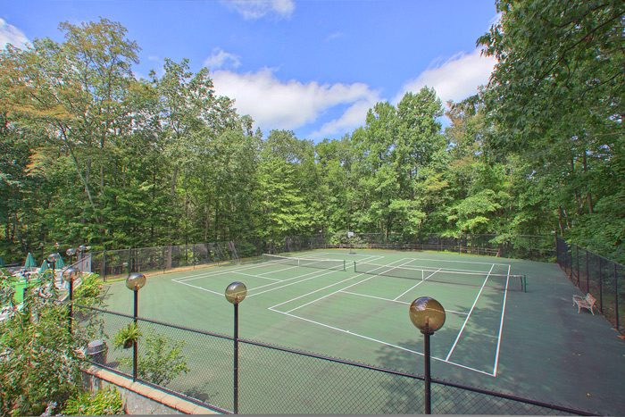 Tennis Court in Chalet Village in the Smokies - Big Bears Den