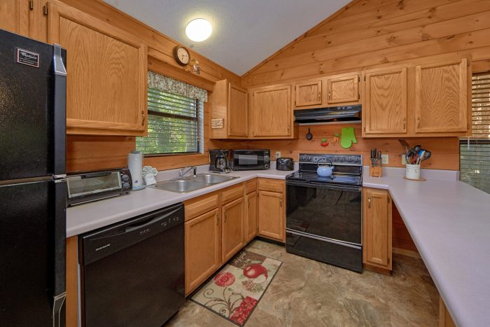 Cabin with Spacious Kitchen - Blessed Memories