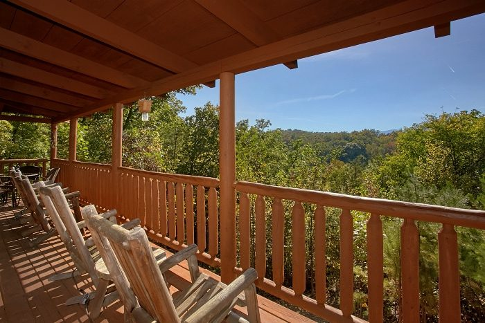 BlueBaery Hill Cabin Rental Photo