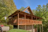 3 Bedroom Cabin with Wooded Views