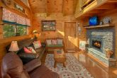 3 Bedroom Cabin with Fireplace in Living Area