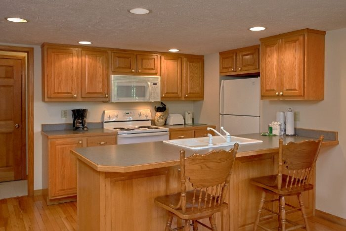 3 Bedroom Cabin with Fully Stocked Kitchen - Brentwood