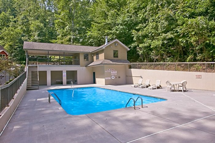 3 Bedroom Cabin with Resort Swimming Pool - Brentwood