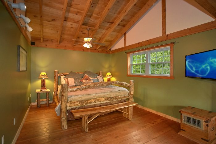 Secluded 3 Bedroom Smoky Mountain Luxury Cabin For Rent