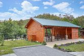 Resort cabin with PIcnic Area and Swimming Pool