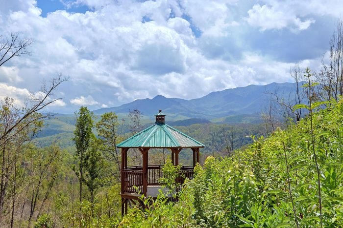 Gazebo with Views of the Smoky Mountains - Charming Charlie's Cabin