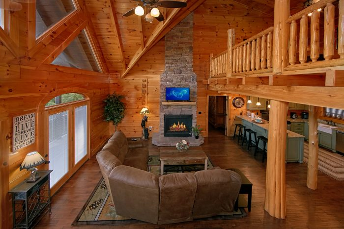 Luxury Cabin with Large Living Room & Fireplace - Chateau Relaxeau