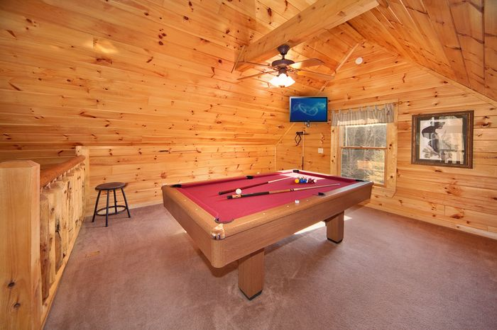 Pigeon Forge Cabin with a Spacious Game Room - Cherished Memories