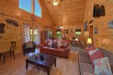 2 Bedroom Cabin with an Eat-In Dining Room