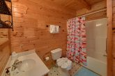 2 Bedroom Cabin with 2 Bathrooms