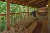 2 Bedroom Cabin with a Grill & Picnic Table