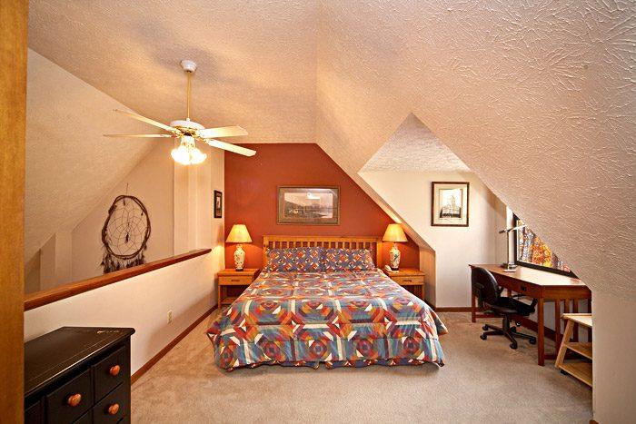 Lofted King Bedroom in Vacation Rental - Cherokee Springs
