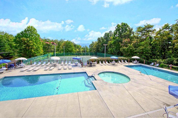 Cabin with Spacious Resort Pool Access - Cherokee Springs