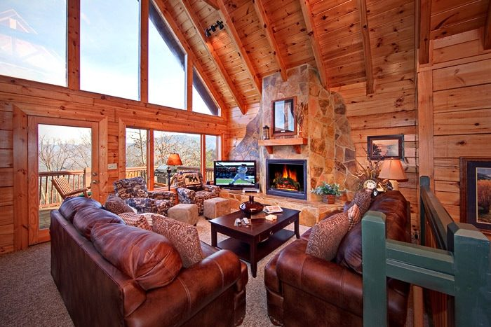Beautiful Living Room with Dome Windows - City View Chalet