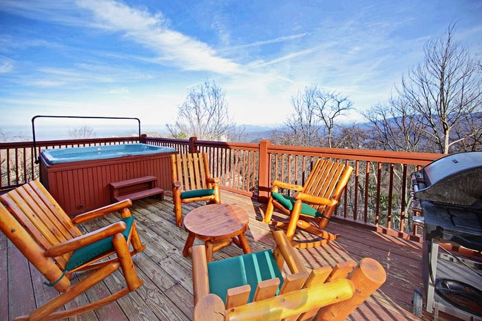 Experience Beautiful views of the Smokies - City View Chalet
