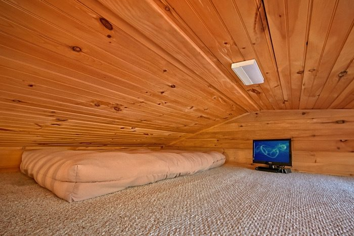 Cabin with kid loft - Cloud 9