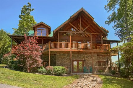 Mountain Views: 6 Bedroom Sevierville Cabin Rental