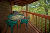 2 bedrom cabin with gas grill and resort pool