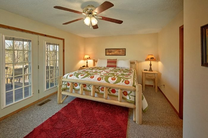 6 Bedroom Cabin with Master Suite - Country Oaks Lodge