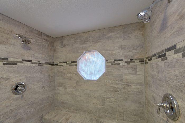 Large Walk in Shower Main Floor - Cozy Hideaway