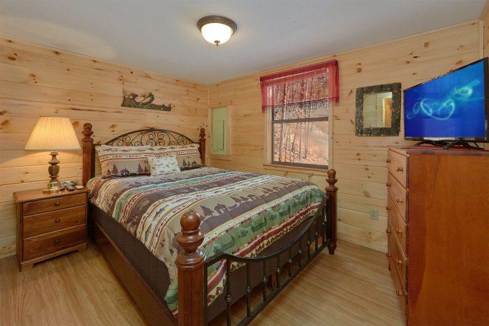 3 Bedroom Cabin Sleeps 8 - Cozy Hideaway
