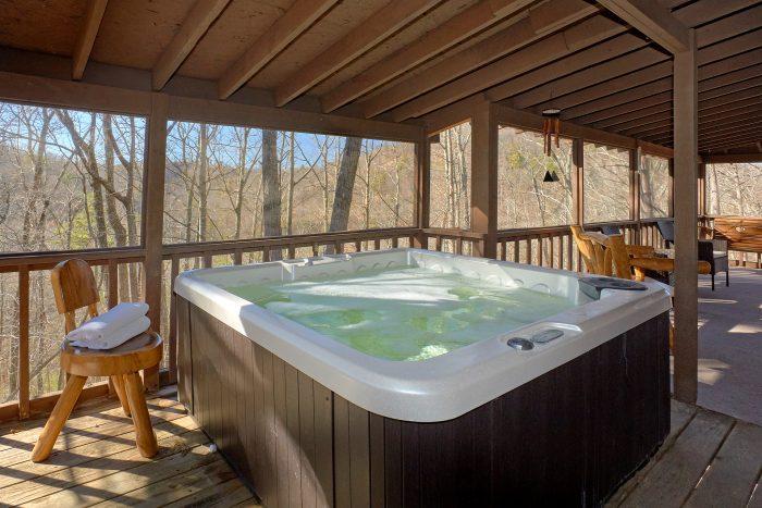 3 Bedroom Cabin Sleeps 8 Private Hot Tub - Cozy Hideaway