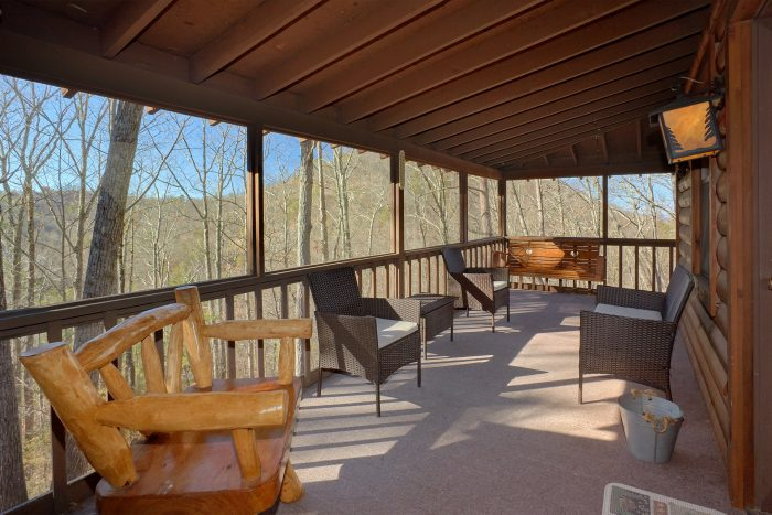 Large Covered Deck with Lots of Seating - Cozy Hideaway