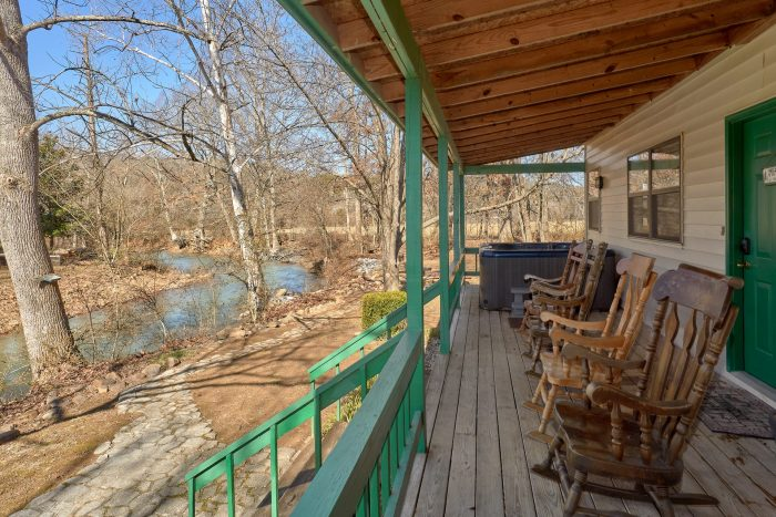 Vacation Home with Large Front Porch - Creekside Cottage